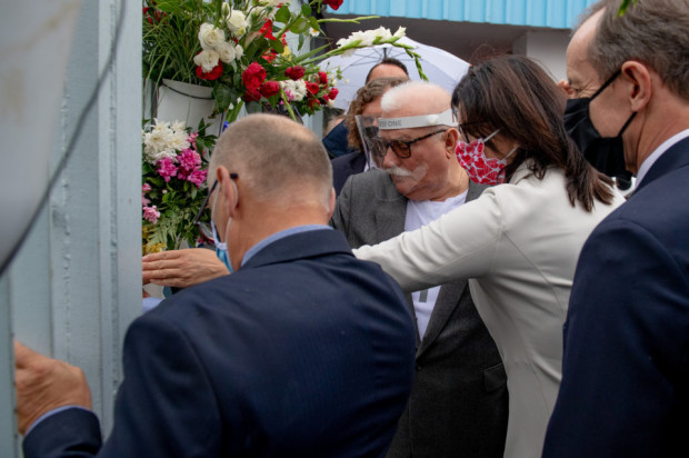 Symboliczne otwarcie Bramy nr 2 to tradycyjny element obchodów rocznicy podpisania porozumień sierpniowych. Zdjęcie z ubiegłego roku.