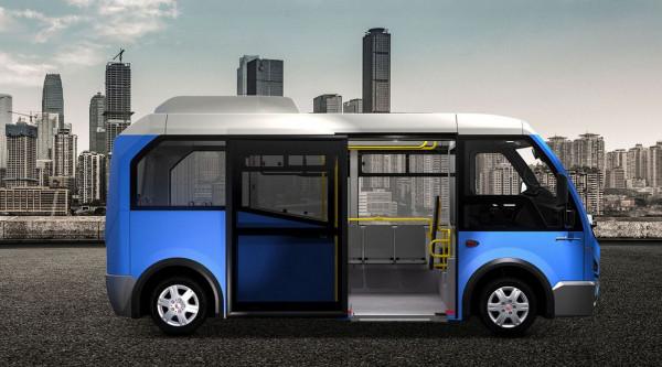 Tak wygląda zaproponowany przez firmę MMI minibus Karsan Jest Electric.