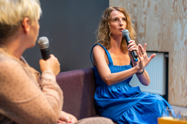 Spotkanie autorskie z Joanną Mokosą-Rykalską odbyło się w czwartek, 26 sierpnia, w sopockim lokalu Dwie Zmiany.