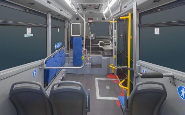 Wnętrze minibusa Karsan Jest Electric.