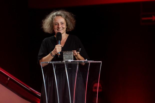Gala Nagrody Literackiej Gdynia 2021 w Muzeum Emigracji. Na zdjęciu Joanna Krakowska, laureatka w kategorii Esej.