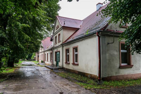 Zabytkowy dworek przy ulicy Rybaków w Gdyni Babie Doły