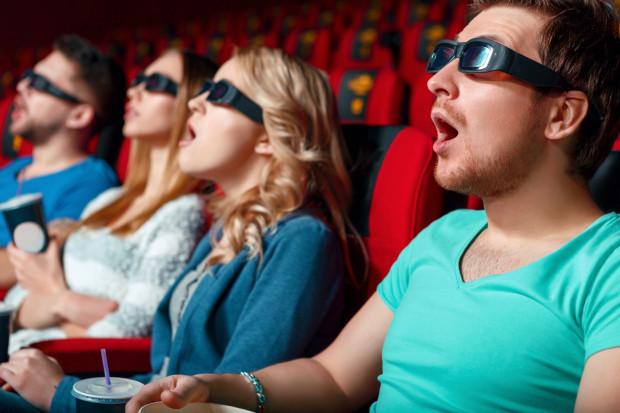 Od 10 do grubo ponad 30 złotych na osobę - tyle kosztuje w Trójmieście bilet do kina. Są jednak sposoby, by do kina chodzić regularnie i nie wydać przy okazji majątku.