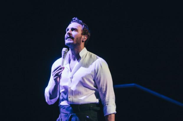 Sławek Uniatowski wystąpi z hitami swoich idoli oraz swoim autorskim repertuarem.