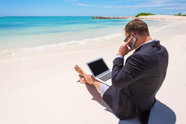 Dlaczego to głównie pracodawcy powinno zależeć, aby pracownicy wybierali urlopy na czas?