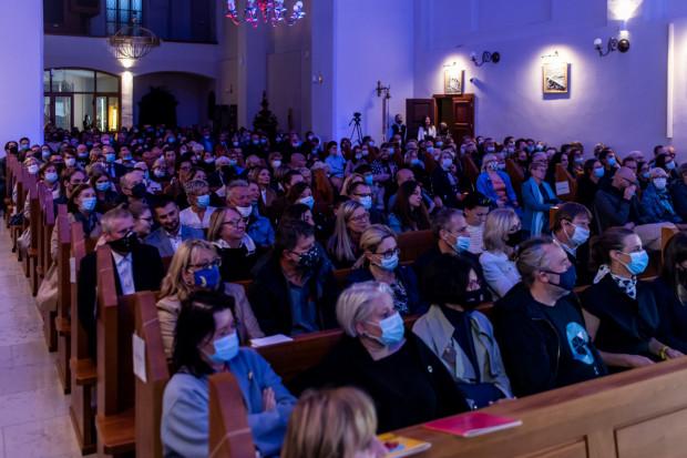 Kościół św. Józefa podczas inauguracji 16. Festiwalu Goldbergowskiego był wypełniony do ostatniego miejsca.