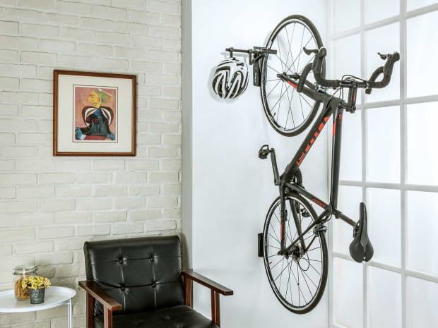 Wieszak na rower i kolarskie gadżety