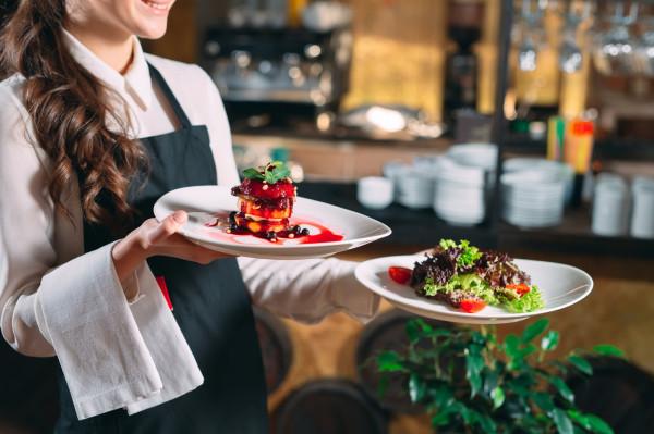 Branża gastronomiczna nastawiona jest na spełnianie najbardziej wyszukanych życzeń klientów.