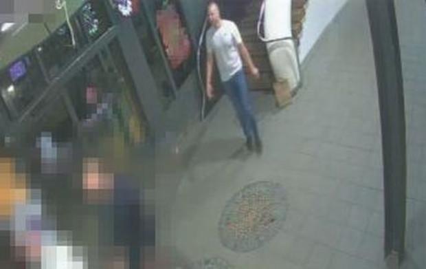 Policja poszukuje mężczyzny i zdecydowała się na opublikowanie klatek z monitoringu.
