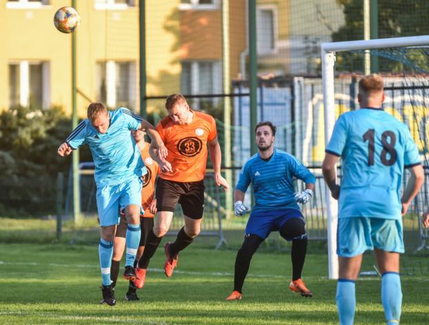 Najwięcej emocji w II rundzie Pucharu Polski przyniosło spotkanie Kolegium Sędziów z Pomeranią Gdańsk, w którym padło aż 9 bramek. Wygrali Ci drudzy 5:4.