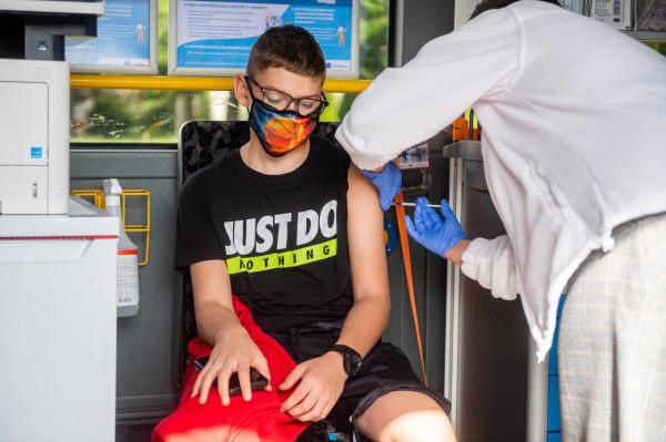 Mobilny punkt szczepień dla dzieci w Gdańsku