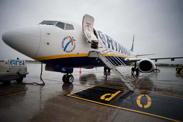 30 proc. połączeń z gdańskiego portu lotniczego wykonuje firma Ryanair.