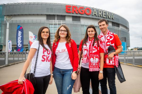 Pierwsi kibice pojawili się w okolicy hali Ergo Arena około godz. 17.