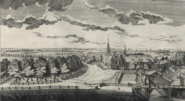 Ogród (po lewej) otoczony ażurowym ogrodzeniem (obecnie w tym miejscu wiadukt nad torami prowadzący na tereny postoczniowe), w środku Szpital Miejski przy Bramie Oliwskiej (dziś mieści się tu dyrekcja PKP), po prawej fragment mostu do Bramy św. Jakuba (dziś znajduje się tu wiadukt Błędnik). Rycina według Matthaeusa Deischa powstała w latach 1761-1765.