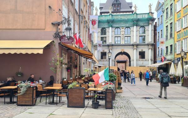 Restauracja San Marco podkreśla swoją włoskość i nie ma w tym nic złego. Nasz czytelnik twierdzi jednak, że został z niej w wulgarny sposób wyproszony, gdy poprosił o obsługę w języku polskim. Szefostwo zaprzecza i twierdzi, że klient sam opuścił lokal.