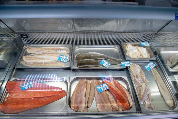 """Był patent """"na pocztę"""", będzie """"na rybkę""""? Może się bowiem okazać, że do handlu w niedziele wystarczy przyjmowanie ryb do magazynu."""