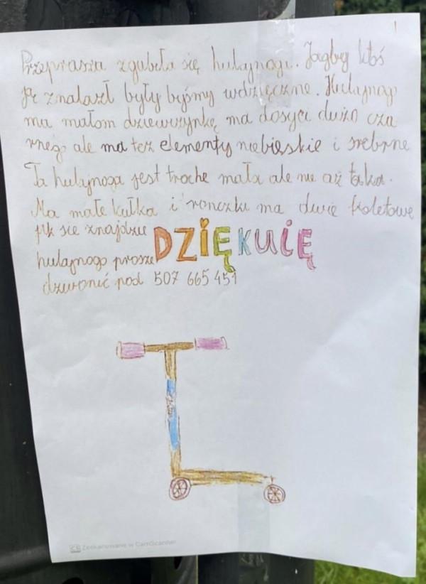 Ogłoszenie o zagubionej hulajnodze pojawiło się m.in. w parku Oliwskim.
