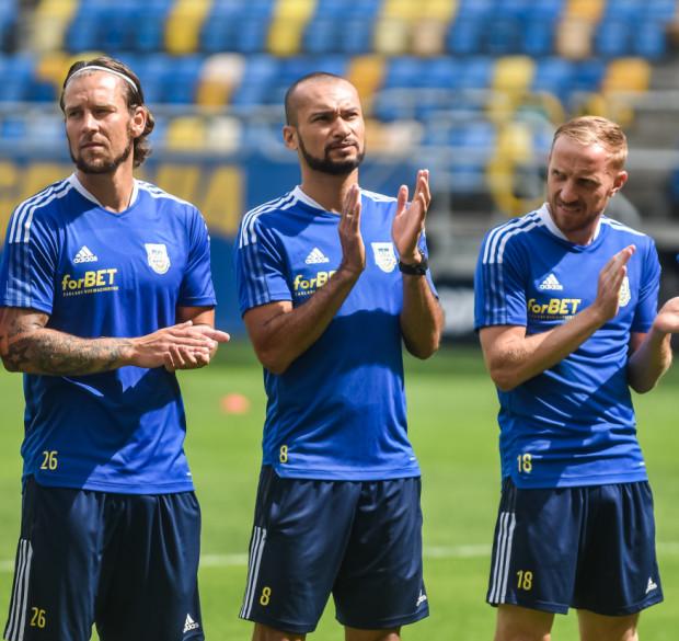 Marcus (nr 8) ustalił wynik meczu w Katowicach na 4:2 i został samodzielnym liderem klasyfikacji najskuteczniejszych strzelców w historii Arki Gdynia. To jego 63 gol w klubowych barwach.