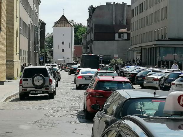 Pobór opłat ma wymusić rotację pojazdów i ograniczyć problem z parkowaniem w rejonie m.in. ul. Rzeźnickiej.