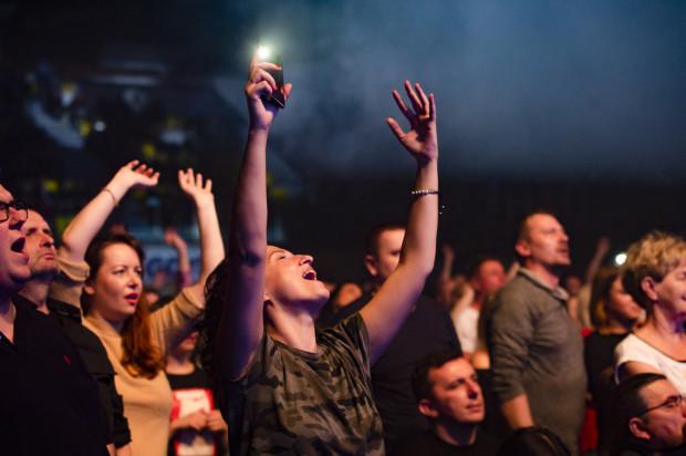 Gusta są różne - jedni wolą małe koncerty kameralne, inni jazz, jeszcze inni spektakularne, muzyczno-wizualne widowiska na najwyższym poziomie. Ważne, aby w chwili zakupu biletu każdy miał świadomość tego, na co się decyduje.