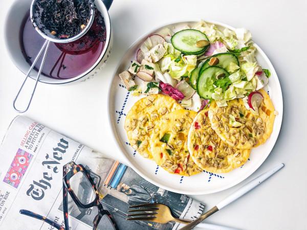 Ze współpracy dietetyków i kucharzy rodzą się posiłki ciekawe, pyszne, estetycznie podane, a przy tym pełnowartościowe. Tak smakuje zdrowie!