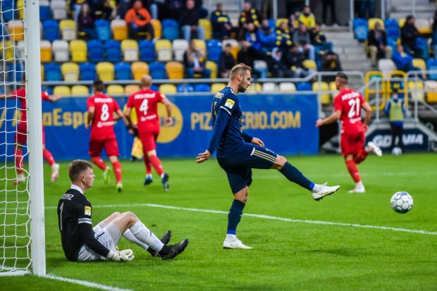 Arka Gdynia nie znalazła sposobu na Skrę Częstochowa, beniaminka Fortuna 1 Liga.