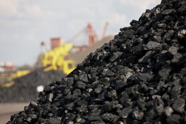 Poczta Polska podpisała umowę z Polską Grupą Górniczą  na świadczenie usług przewozów drogowych węgla do odbiorców.