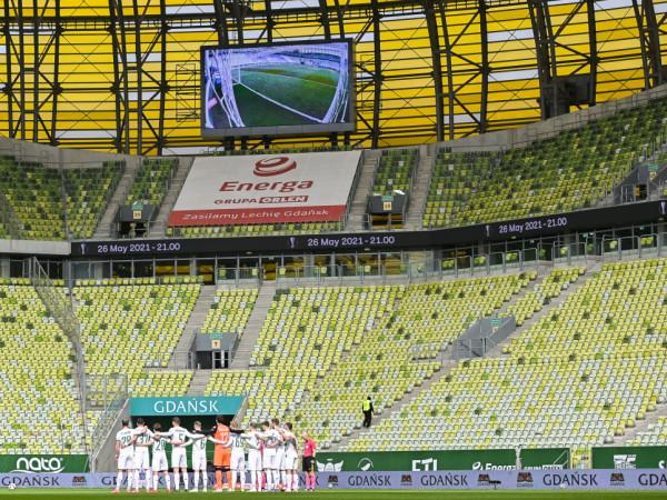 Minuta ciszy na meczu Lechii Gdańsk