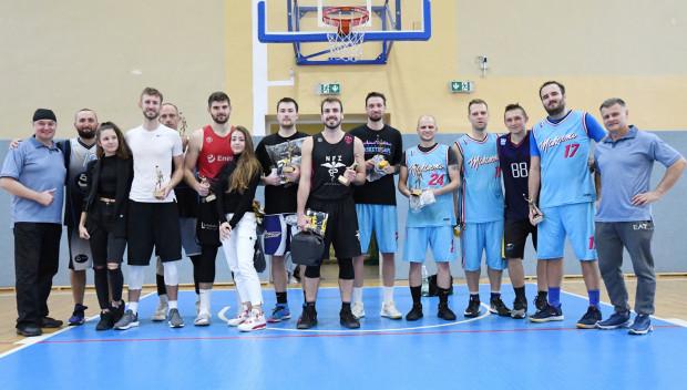 Najlepsi koszykarze Letniej Basket Ligi Trójmiasto w odmianie 3x3.