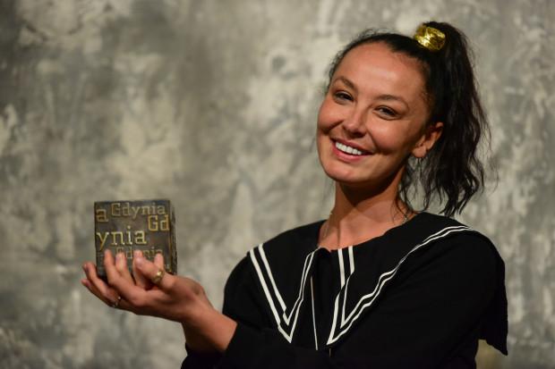 """Laureatką Gdyńskiej Nagrody Dramaturgicznej 2021 została Jolanta Janiczak za bardzo ciekawy tekst """"I tak nikt mi nie uwierzy""""."""