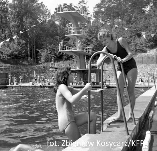 Zdjęcia z lat 60. dokumentują tętniącą życiem Polankę Redłowską.