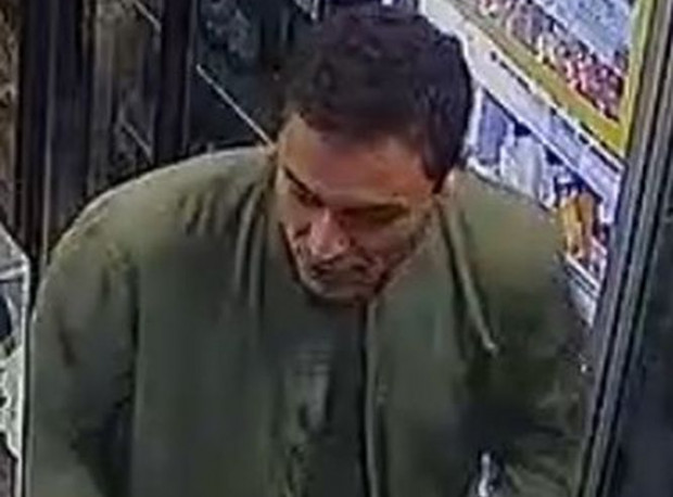 Mężczyzna poszukiwany w związku z pobiciem, do którego doszło pod jednym ze sklepów na terenie Zaspy.