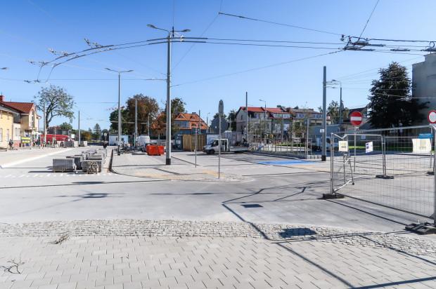 Przebudowa Placu Dworcowego przy peronie Gdynia Chylonia SKM