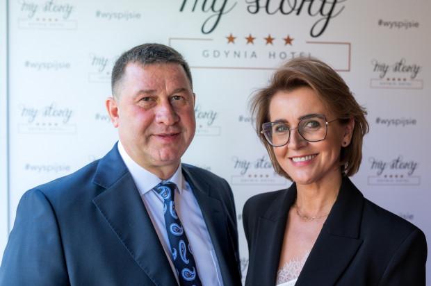 Po nowym hotelu My Story gości oprowadzali jego właściciele - Adam Rymarski i  Jolanta Darznik.