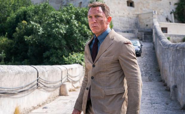 Daniel Craig żegna się definitywnie z rolą Jamesa Bonda i robi to w spektakularnym stylu. Kto wie, czy po raz pierwszy w historii serii aktor grający rolę agenta 007 nie zostanie nominowany do Oscara za swoją kreację.