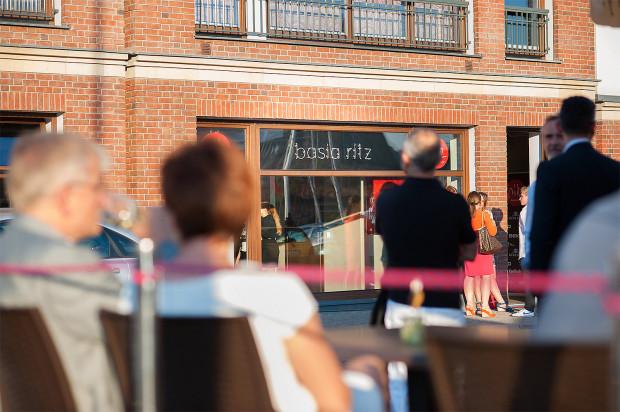 Restauracja Ritz mieści się w Gdańsku przy ul. Szafarnia 6.