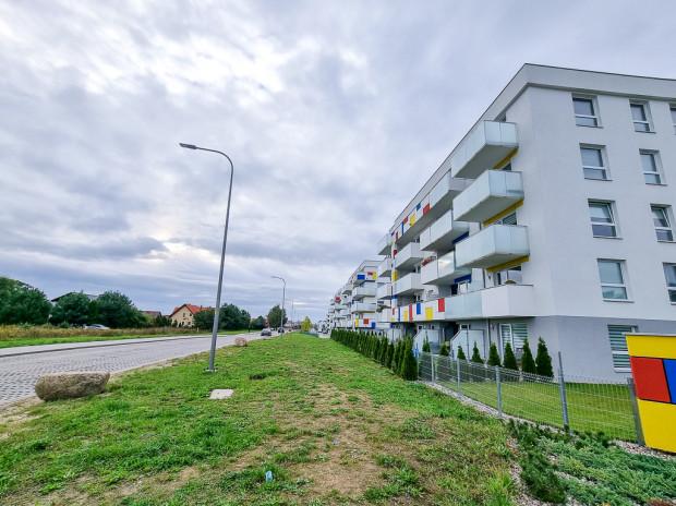 Pięciokondygnacyjne osiedle zbudowane przez dewelopera Rai w bliskim sąsiedztwie granic projektu planu.
