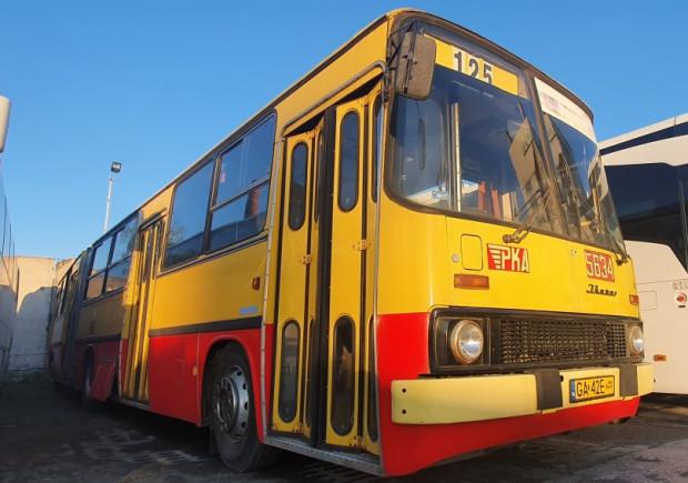 W niedzielę, 10 października, 40. rocznica wprowadzenia ikarusów w komunikacji miejskiej w Gdyni. Z tej okazji trzy zabytkowe autobusy będą kursować na linii 150, w godzinach 11-17.