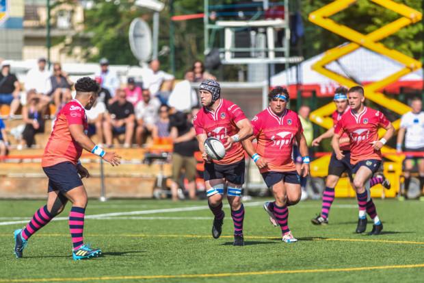 Ogniwo Sopot miało wyznaczony termin zaległego meczu z Master Pharm Rugby Łódź na 9 października. Decyzję zmieniono, ale nowy termin nie jest znany. Czekając na datę, Ogniwo jednocześnie wnioskuje o walkowera na swoją korzyść.