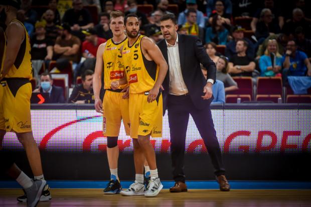 Trefl Sopot w fazie grupowej FIBA Europe Cup rozegra sześć spotkań. Trener Marcin Stefański uważa, że jego zespół przygotowany jest by co 3-4 dni rywalizować zarówno w europejskich rozgrywkach, jak i Energa Basket Lidze.