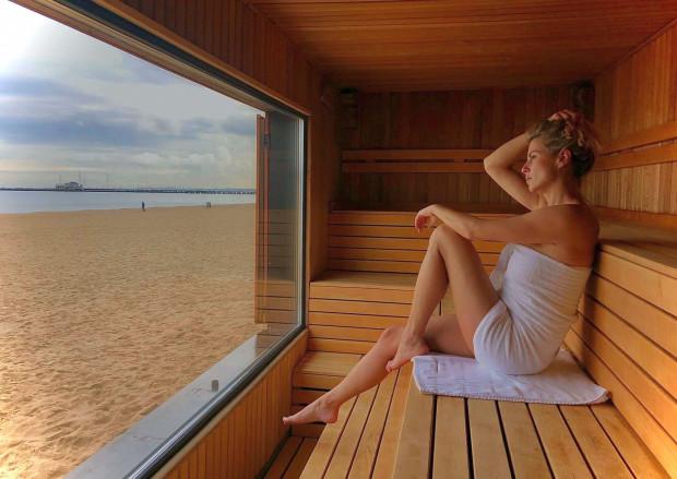 Sauna z widokiem na morze - czy można wyobrazić sobie lepsze miejsce na chłodne, jesienne dni?