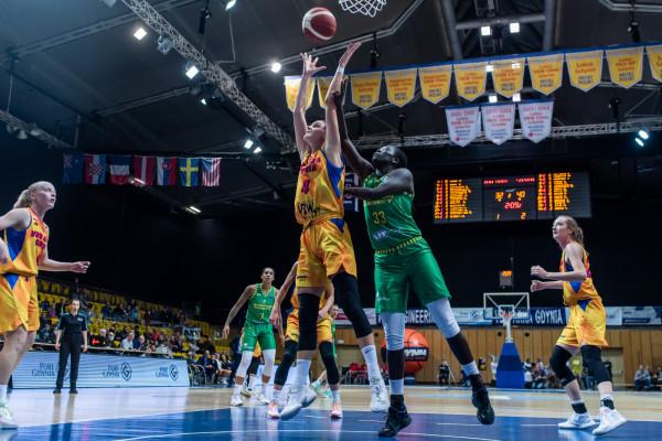 Osłabiona VBW Arka Gdynia nie dała rady węgierskiemu Sopron Basket.