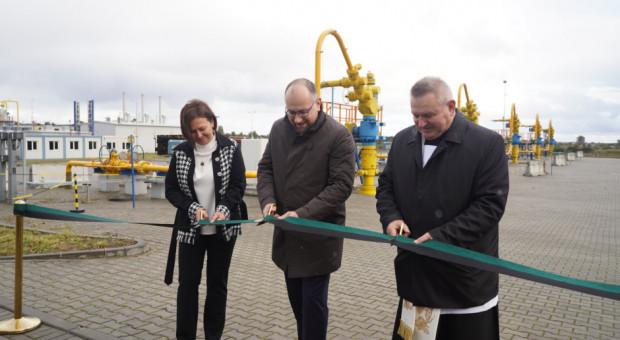 PGNiG zakończyła budowę kolejnych kawern w zespole magazynów kawernowych w Kosakowie. Jak zapewnił prezes Paweł Majewski (w środku), należące do PGNiG magazyny są obecnie wypełnione w 97 proc.