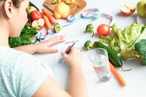 Przy odpowiednim planowaniu posiłków możemy zaoszczędzić czas, pieniądze i zdrowie.