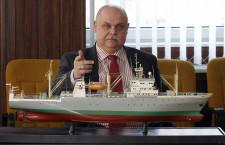 Krzysztof Rychlicki nie musi obawiać się o stanowisko. 20 lutego 2012 r. Rada Nadzorcza Dalmoru wybrała go na stanowisko prezesa spółki.
