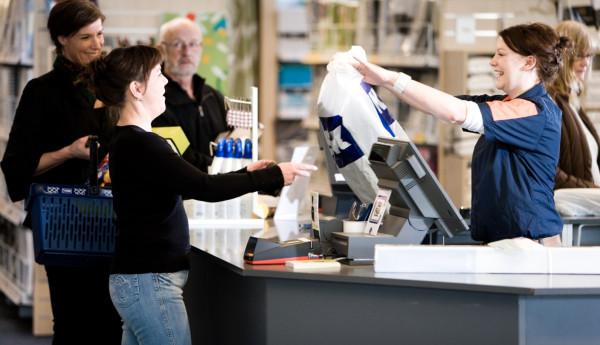 Jysk zatrudnia w Polsce w swoich sklepach oraz w centrum dystrybucyjnym w Radomsku przeszło 1400 osób.