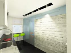 Koncepcja druga. Szklana ściana między kuchnią a pokojem optycznie powiększa przestrzeń.