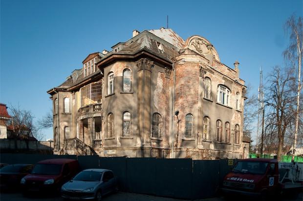 Willa przy Orzeszkowej od lat czeka na remont.