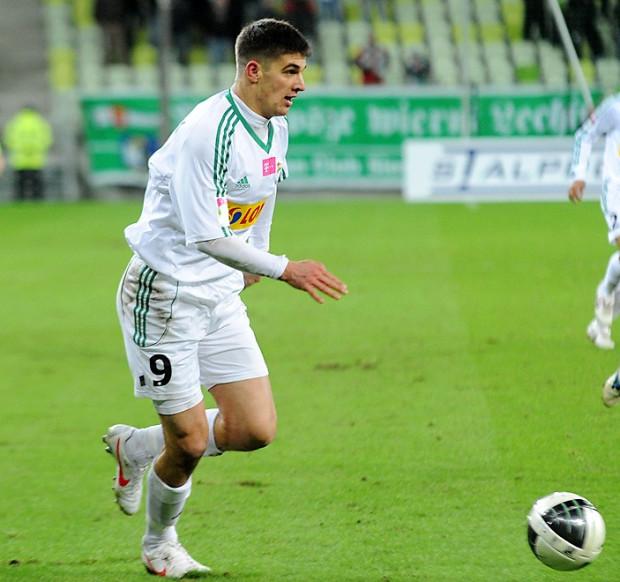 Piotr Grzelczak (na zdjęciu) i Sebastian Madera zaliczyli swoje premierowe gole w barwach Lechii.