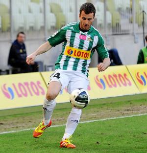 """Piotr Wiśniewski, który został pominięty w """"18"""" na mecz w Bełchatowie, w III-ligowych rezerwach zdobył gola oraz zaliczył asystę"""